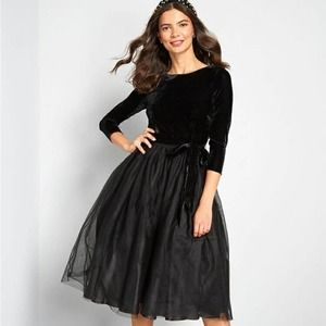 Modcloth x Collectif A Night to Remember Velour Tulle Dress Black M *No sash*